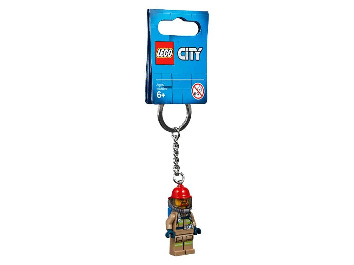 lego 853918 city firefighter keyring